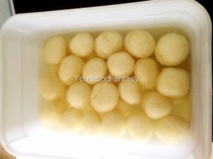 Rasogulla recipe at your food fantasy by meenu gupta