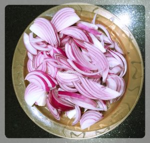 chicken dum biryani prepration recipe at yourfoodfantasy.com by meenu gupta