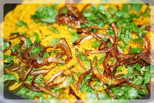 layering of chicken in chicken biryani prepration recipe at yourfoodfantasy.com by meenu-gupta