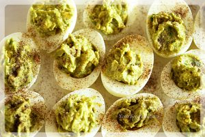 Healthy Avocado Eggs at your food fantasy | yourfoodfantasy.com