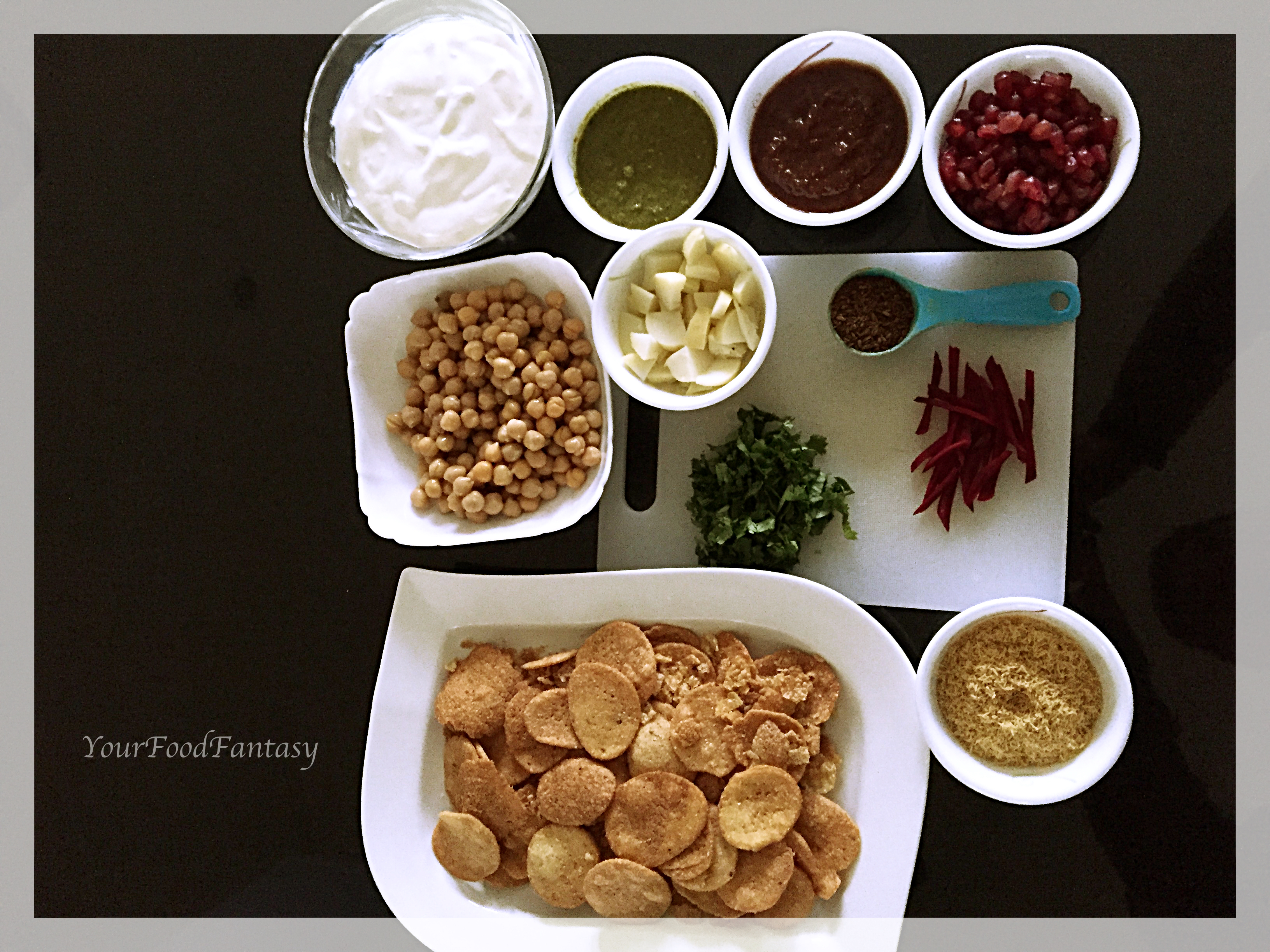 Ingredients for Papdi Chaat