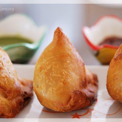 Punjabi Samosa Recipe   Your Food Fantasy