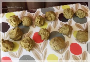dough balls for palak poori   yourfoodfantasy.com by meenu gupta