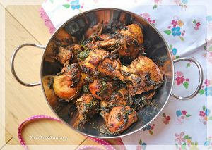 How to Make Spinach Chicken Curry | Your Food Fantasy