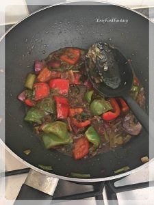 Easy Restaurant style Chilli Chicken Recipe   Your Food Fantasy