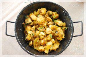 Bombay Aloo | Bombay Potatoes | Sookhi Aloo Sabzi