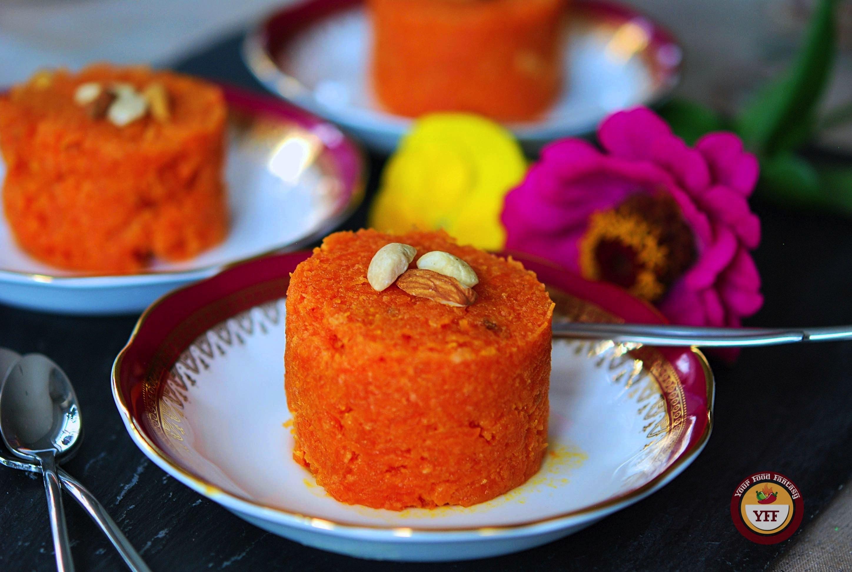 Gajar Ka Halwa Recipe | Traditional Indian Carrot Pudding Recipe