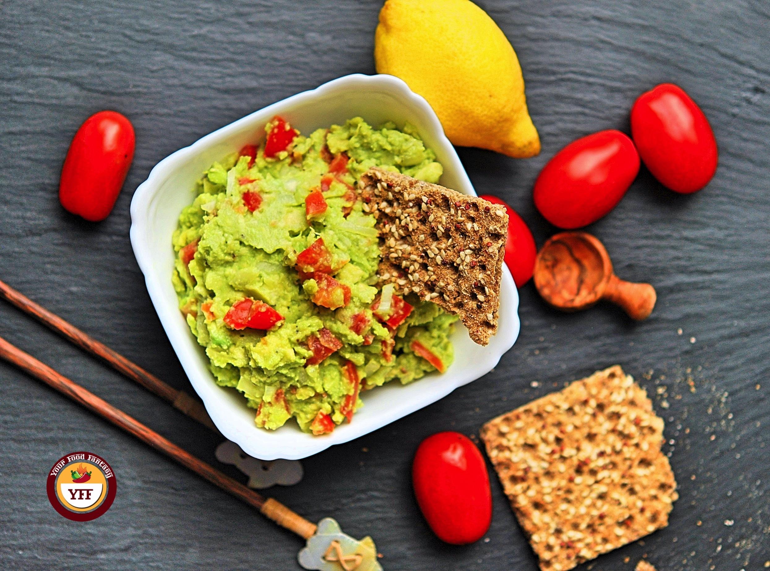 Easy Chunky Avocado Guacamole Recipe   How to make Guacamole   YourFoodFantasy.com