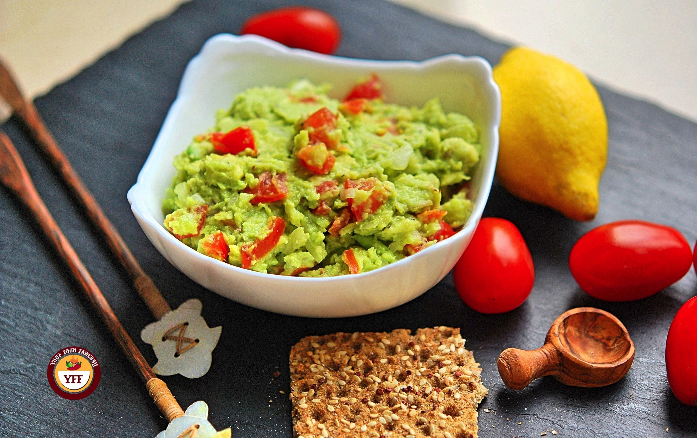 Chunky Avocado Guacamole Recipe   YourFoodFantasy.com by Meenu Gupta