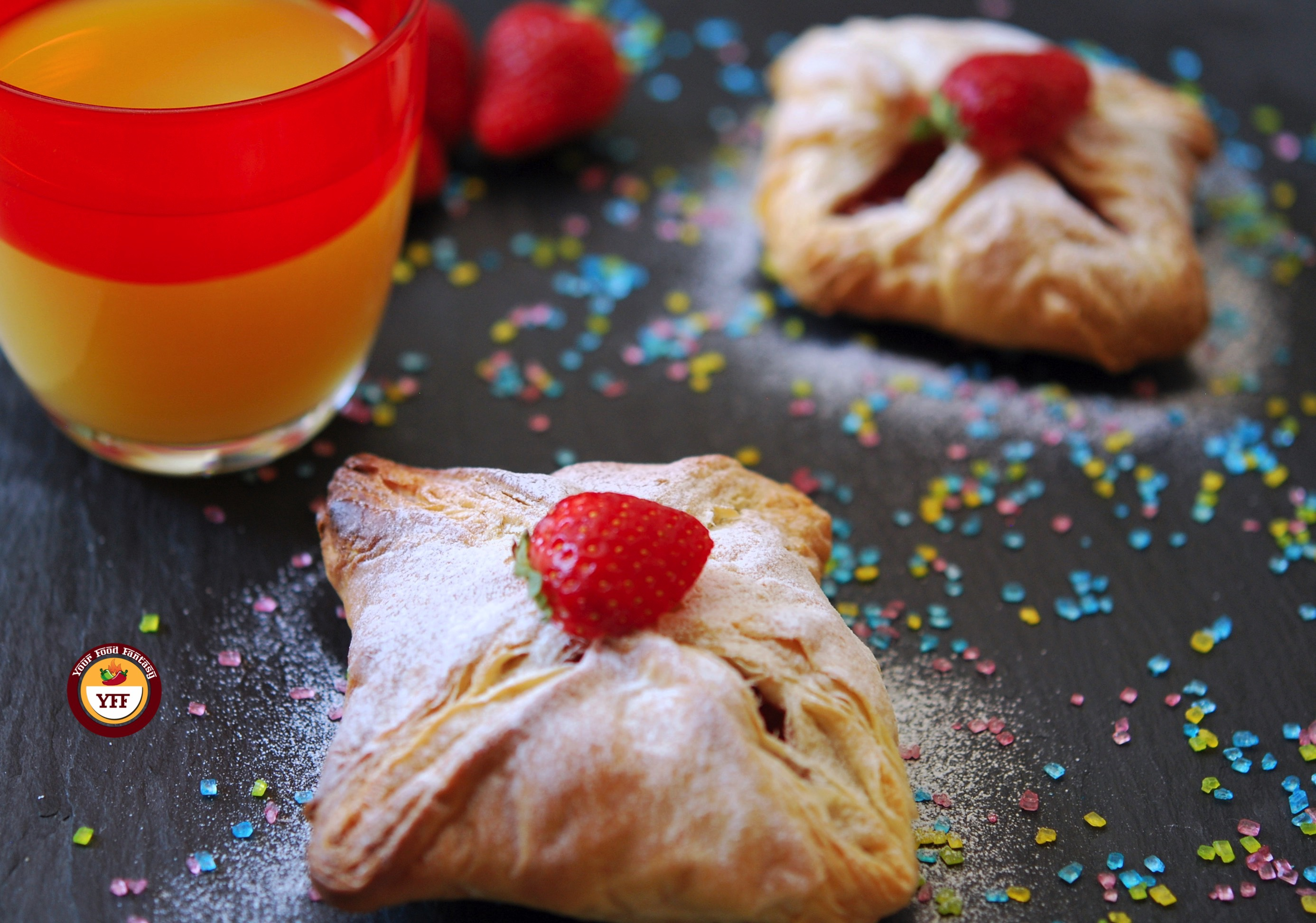 Apple & Strawberry Parcels | Apple recipes | YourFoodFantasy.com