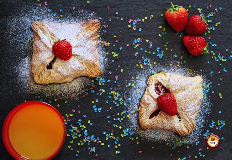 Apple and Strawberry Pockets | Apple based recipe | YourFoodFantasy.com