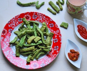 Spinach Namak Paray | Your Food Fantasy