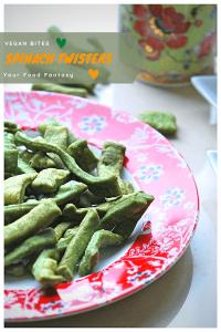 Spinach Namak Para - Palak Mathri Recipe | Your Food Fantasy
