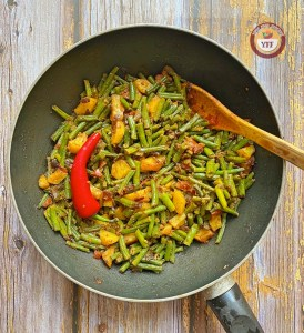 Aloo and green beans curry | Your Food Fantasy