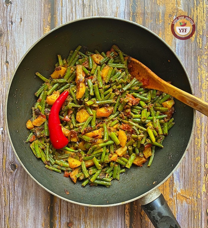 Aloo and green beans curry   Your Food Fantasy