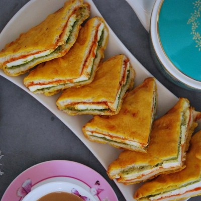 Sandwich Paneer Pakora Recipe