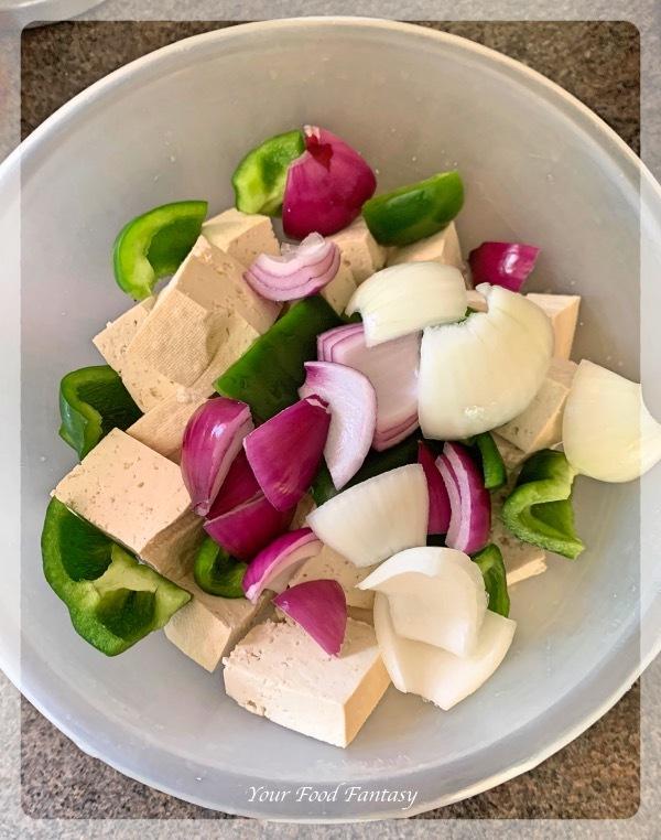 Bell pepper - Tofu - Onion for Tofu Tikka
